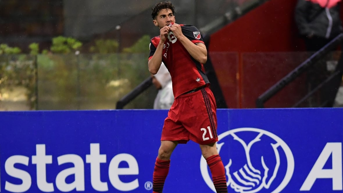 Toronto FC digs hole in first leg of CONCACAF Champions League final