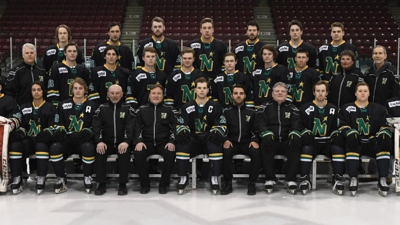 North Stars Ice Dogs Take To Thunder Bay Ice In Quest For Sijhl