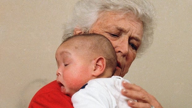 AIDS worker remembers when Barbara Bush cradled baby Donovan in 1989   | CBC Radio