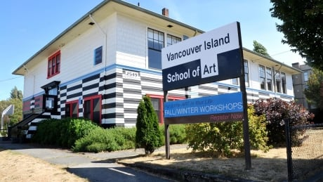 Victoria art school gets eviction notice to make way for high schoolers