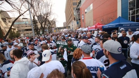 Downtown whiteout party growing every Jets playoff game, but costs remain unknown