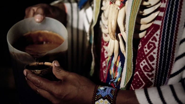 Effects and risks of ayahuasca, the hallucinogen sought after by