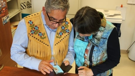 New Cree medical app teaches doctors and patients medical terms to communicate | CBC