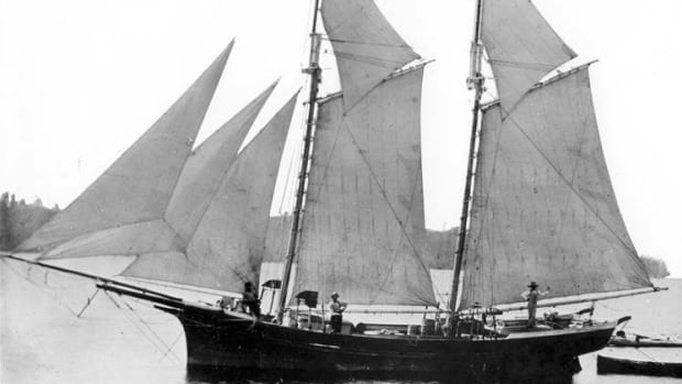 Shipwreck found in Lake Erie could be nearly 200 years old