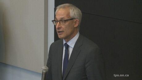 Dr. Dirk Huyer