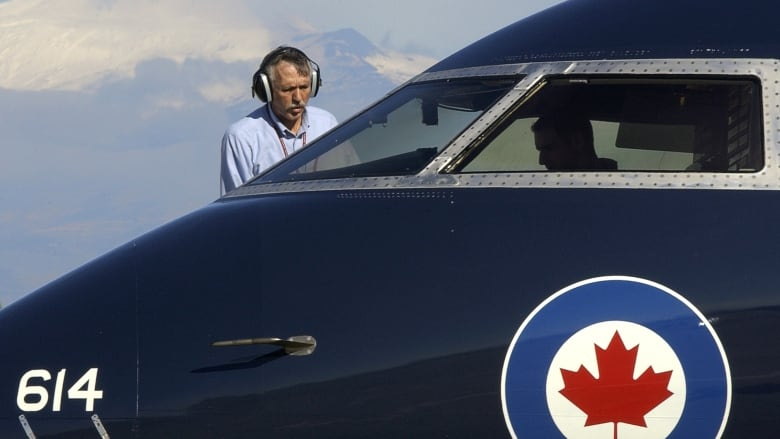 challenger-jet.jpg