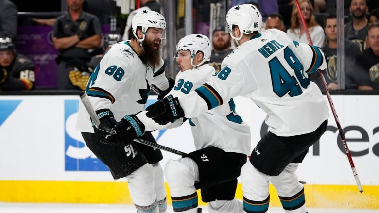 Nhl Scores Highlights 2017 Stanley Cup Playoffs Open With Ot Wins By Blues Sharks