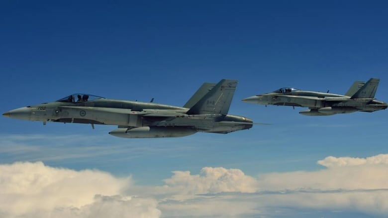 Auditor general trashes Liberal plan to keep CF-18s flying