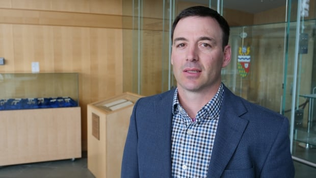 How will wind power change Inuvik? N.W.T. energy director gives the details