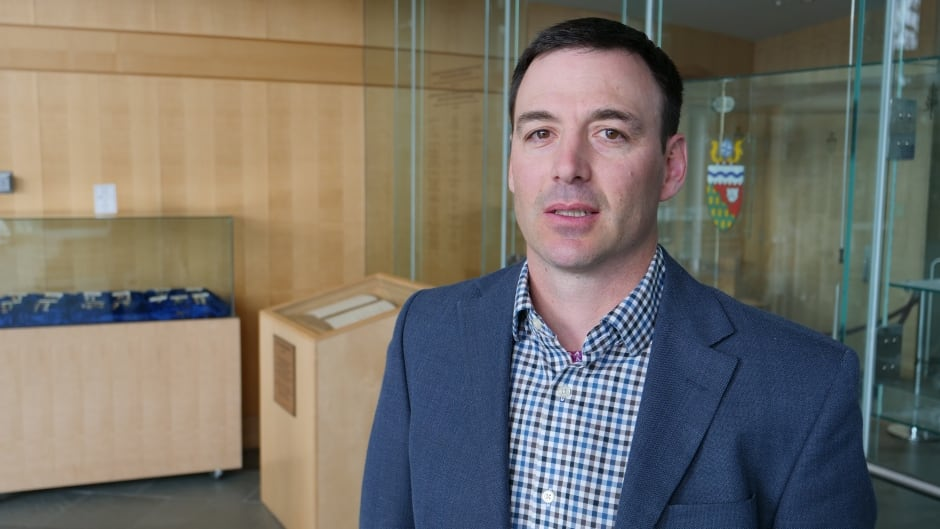cbc.ca - CBC News - How will wind power change Inuvik? N.W.T. energy director gives the details