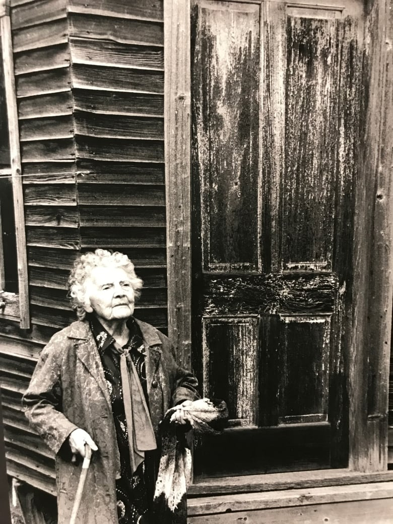 97 year old photographer thelma pepper to be recognized. Black Bedroom Furniture Sets. Home Design Ideas