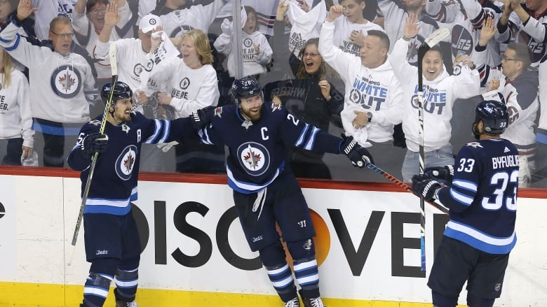 Jets Head Home Looking To Clinch Series With Predators