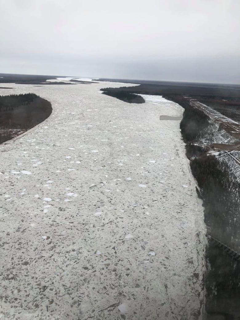 Aerial photo taken of the Albany River upstream from the communities of Fort Albany and Kashechewan by flood watch crews. (Brent Nakoochee/Facebook)