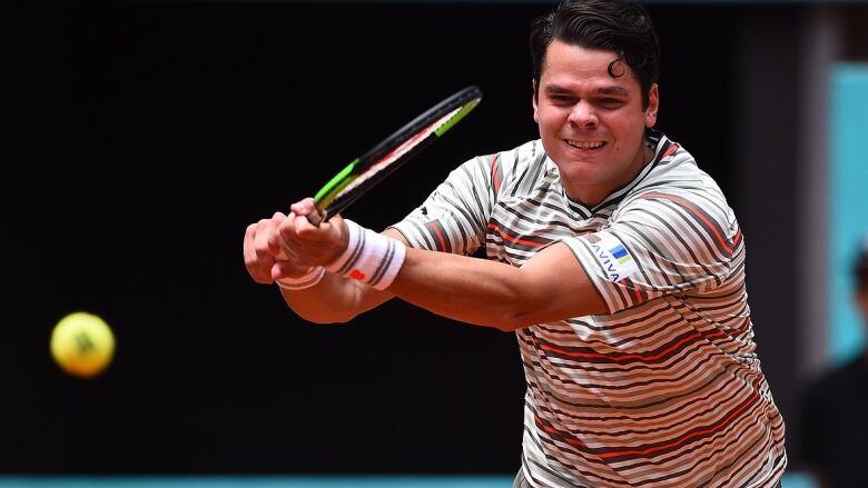 Novak Djokovic powers past Kei Nishikori in opener — Madrid Open