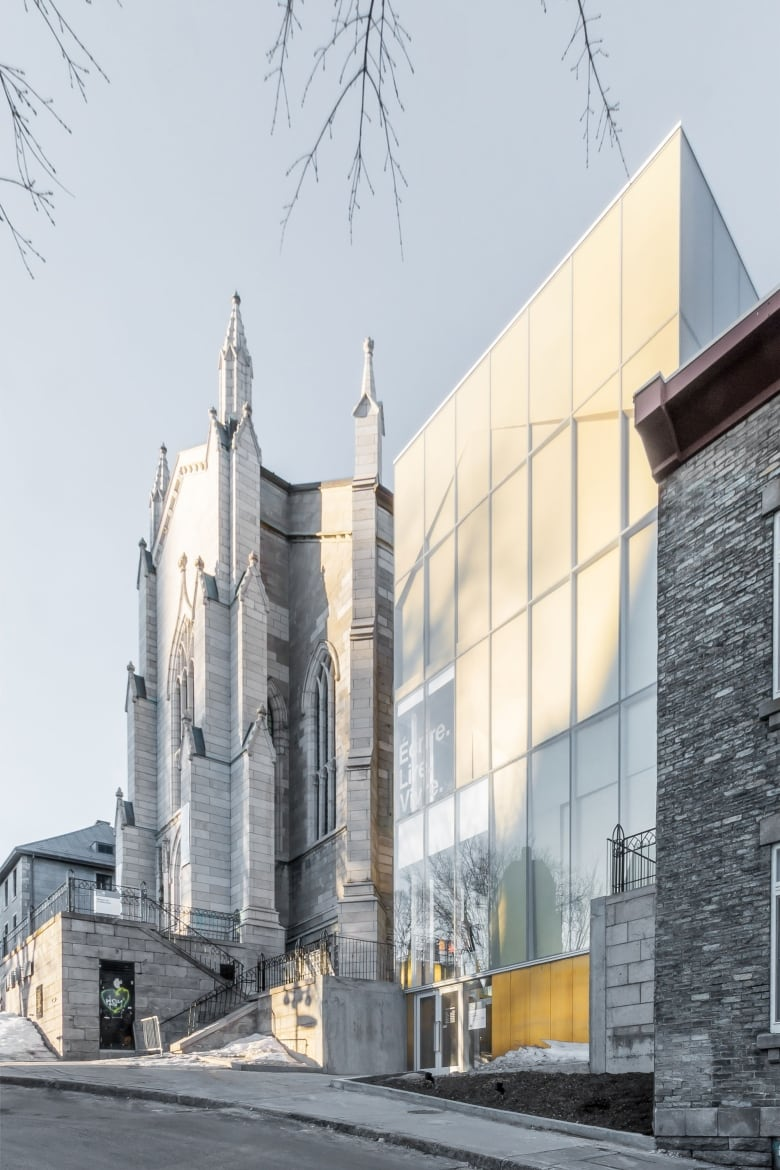 Part of the maison de la littérature is situated in an old quebec city church submitted by raic