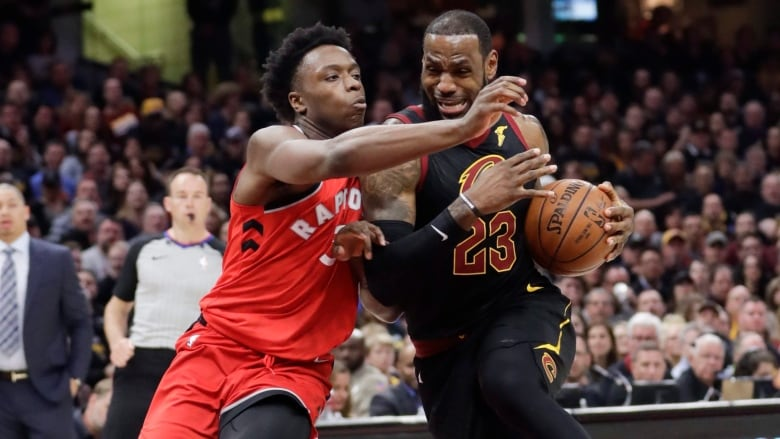 5854ac0d4f3 Raptors rookie OG Anunoby earns high praise from LeBron James