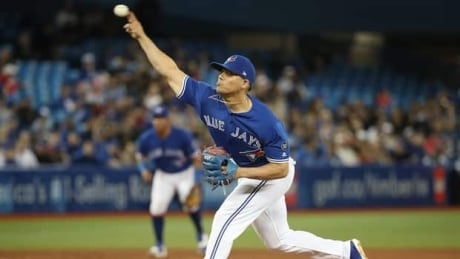 Toronto Blue Jays closer Roberto Osuna arrested, charged with assault