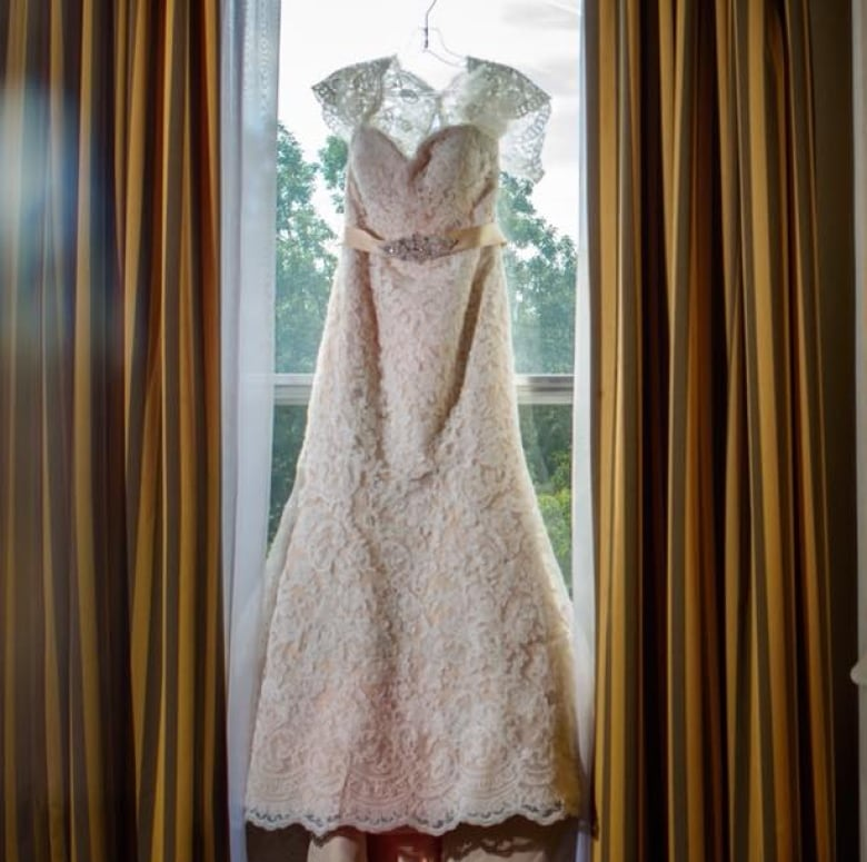 d72752acae1 Megan Arsenault loved her wedding dress