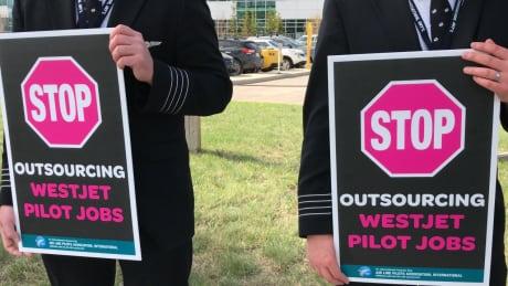 WestJet pilots union demonstrates