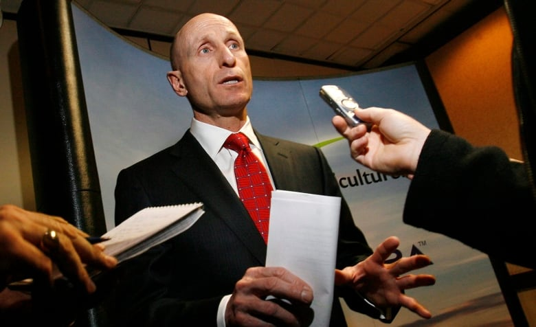 hydro one inc ceo compensation Of executive compensation  his tenure as ceo in guiding the transformation of hydro one to  hydro one telecom inc hydro one limited's.