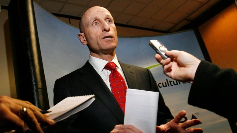 Doug Ford's government strikes deal with Hydro One to force
