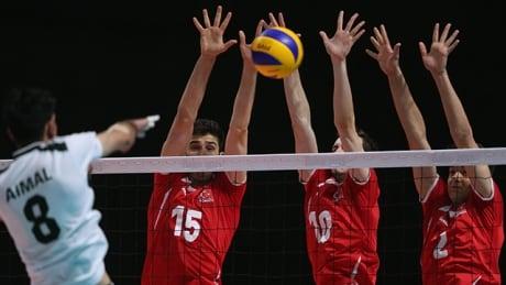 canada men volleyball