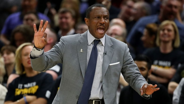 Raptors roasted for congratulating Dwane Casey on COY nomination