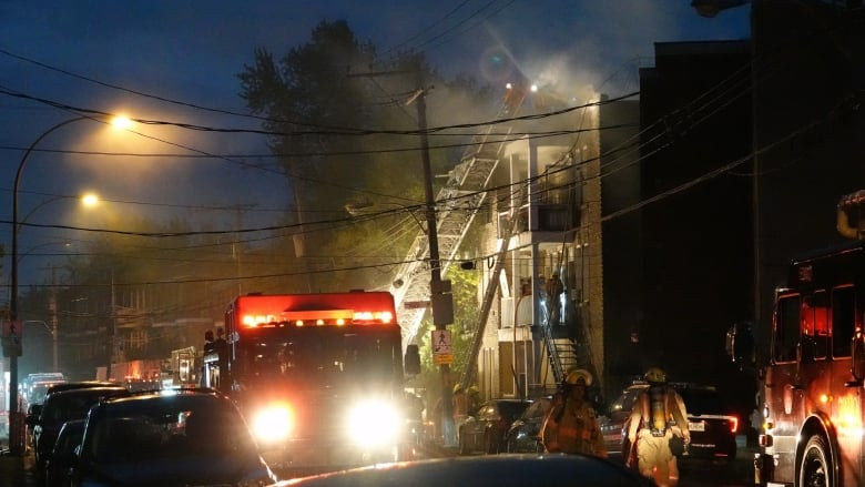 A Fire Forced Several Residents Of An Apartment Building On LaSalle  Boulevard Out Of Their Homes Early Thursday. (Simon Marc  Charron/Radio Canada)