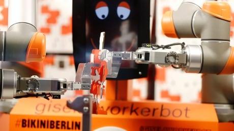 GERMANY-ROBOT/