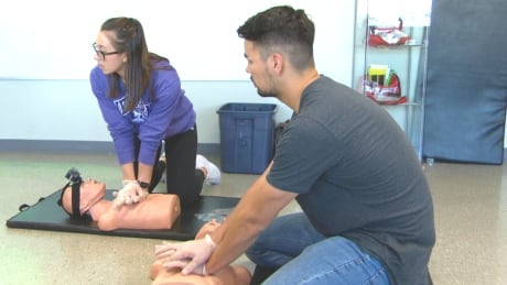Indigenous learners get training in life-saving skills in Ottawa pilot project | CBC