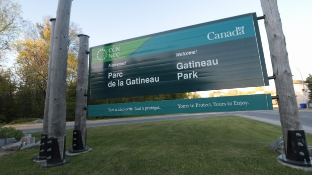 Stretch of Gatineau Park road to go car-free - CBC.ca