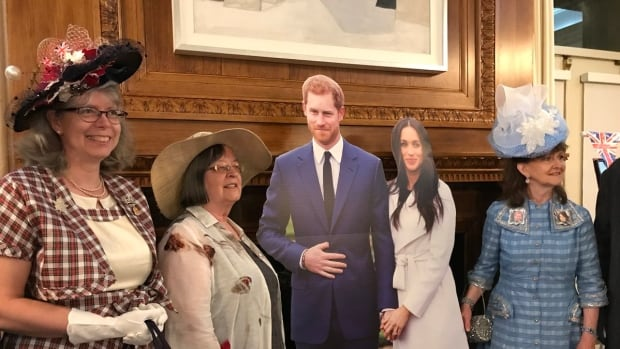 Royal wedding watchers in B.C. up early to watch Prince Harry and Meghan Markle tie the knot