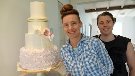 Art or dessert? At this Dunrobin cake shop, it's not always easy to tell | CBC