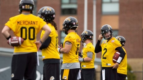 Johnny Manziel has 1st practice with Tiger-Cats