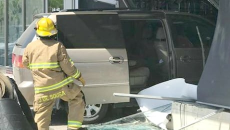 Driver error to blame after minivan crashes into Calgary storefront