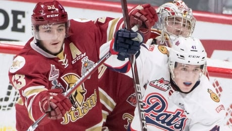 Acadie-Bathurst beats Regina to earn berth in Memorial Cup semifinal