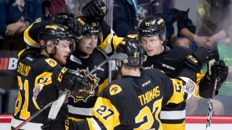 Bulldogs top Titan for back-to-back wins at Memorial Cup
