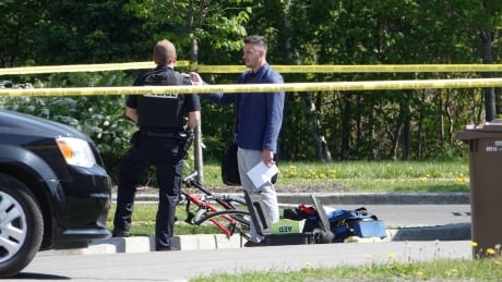 Cyclist, 19, dead after collision with school bus in Terrebonne