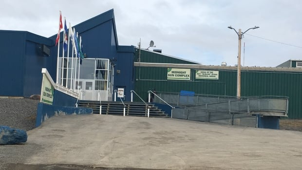 7 people in the running for Inuvialuit Regional Corporation chair
