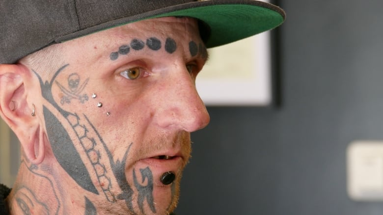 927cb7abc58b5 Craig Ginter says he was denied service at a Winnipeg bar because of his  face tattoos. (Jeff Stapleton/CBC)
