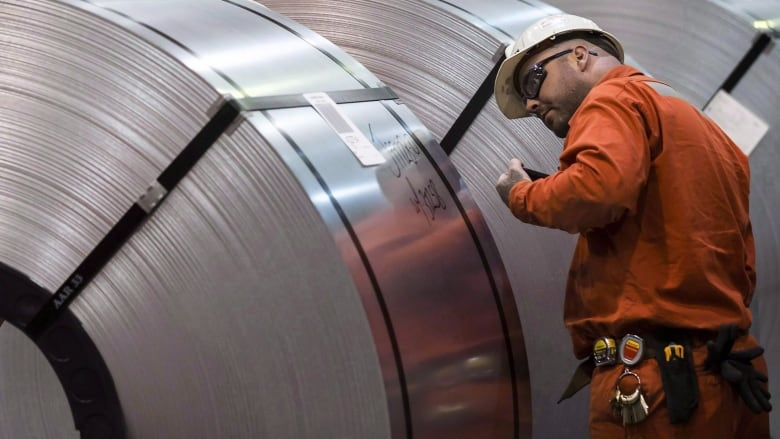 Canadian steel buyers racing to get imports into country through