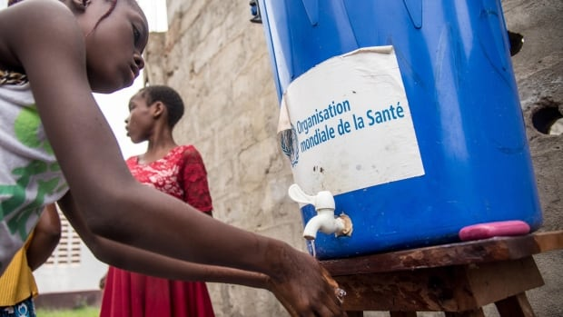 Nearly 700 vaccinated against Ebola in Congo   CBC News