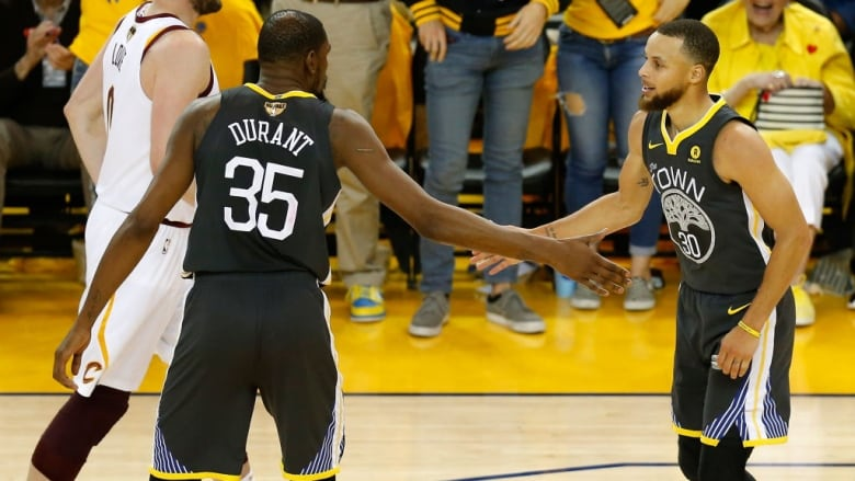 Warriors' NBA Finals Winning Streak Continues, Ratings Still Steady With 2017