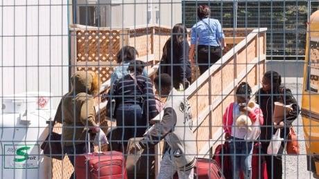 CDA Border Refugees 20180509
