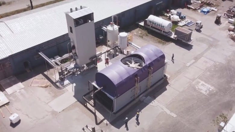 B C  company says it is sucking carbon from air, making fuel