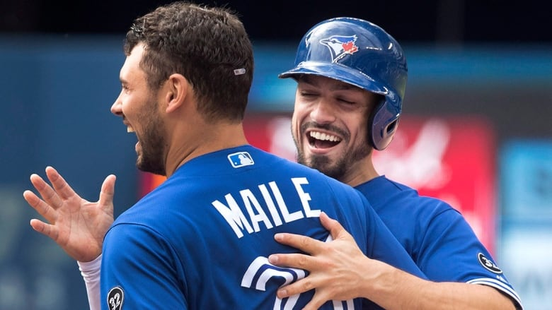 Blue Jays 'walk' off Orioles in 10th for 3rd straight win