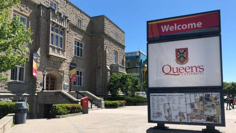 Queen's students pay tuition cut forward to ease OSAP sting