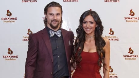 Hoffman's fiancee asks to see all evidence she cyberbullied Erik Karlsson's wife