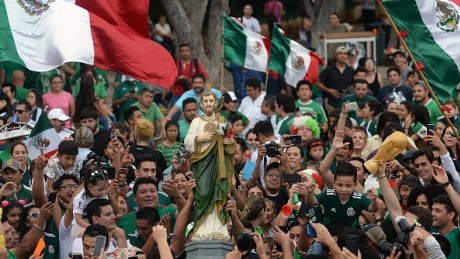 mexico-fans-061818