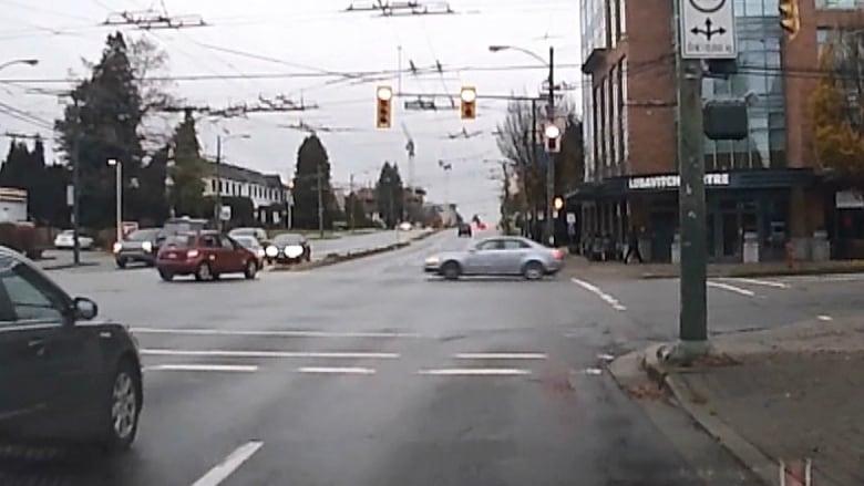 Warning, graphic video: Dash cam footage captures deadly Vancouver collision